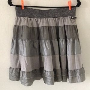 Dresses & Skirts - NWT Gray skirt